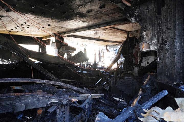 Blick ins Innere des zerstörten Restaurants.
