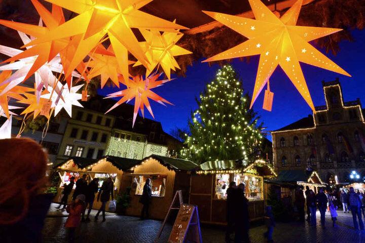 Der erste Weihnachtsbaum wurde bereits 1815 aufgestellt.