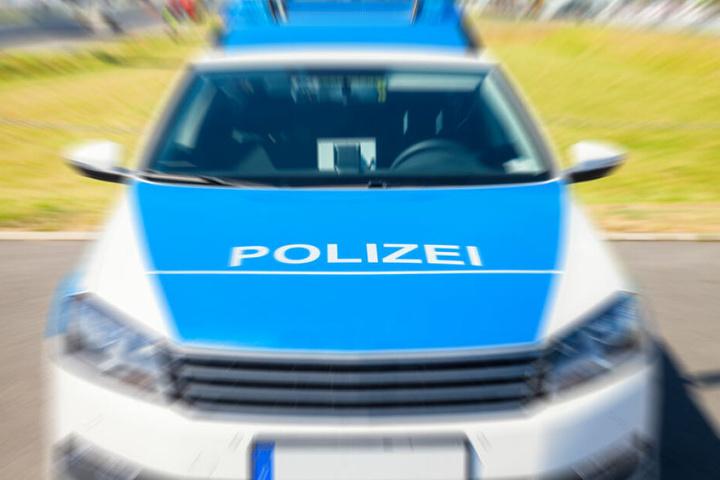 Die Polizei prüft nun, ob der junge Mann überhaupt einen Führerschein besitzt (Symbolbild).