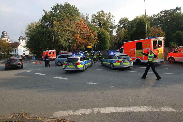 Die Polizei musste die Bielefelder Straße bis 18 Uhr absperren.