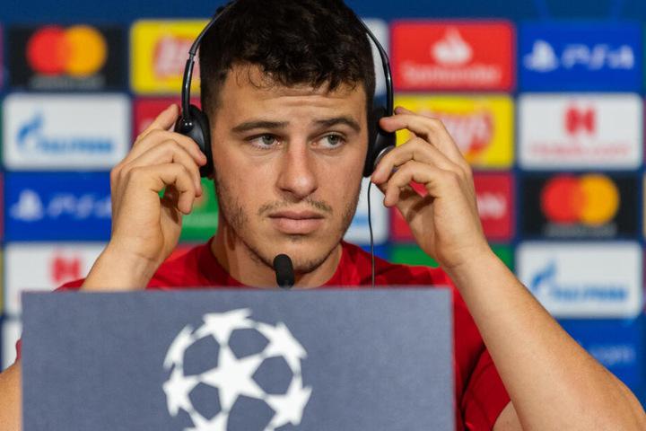 Italienischen Medien zufolge soll Neapel zwölf Millionen Euro für den Mittelfeldspieler bieten.