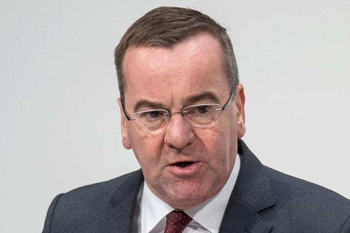 Niedersachsens Innenminister Boris Pistorius (59).