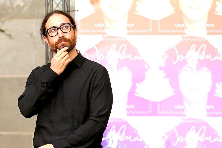 Sean Lennon (43) ist der Sohn von John Lennon (†40) und Yoko Ono (86).