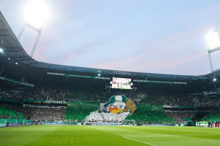Vor einem Spiel liefern die Werder-Fans eine klasse Choreografie ab.