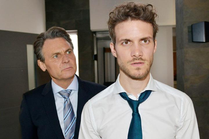Felix (Thaddäus Meilinger) und Jo geraten in einen heftigen Streit.