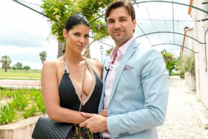 Micaela Schäfer zieht mit Freund Felix ins Sommerhaus.