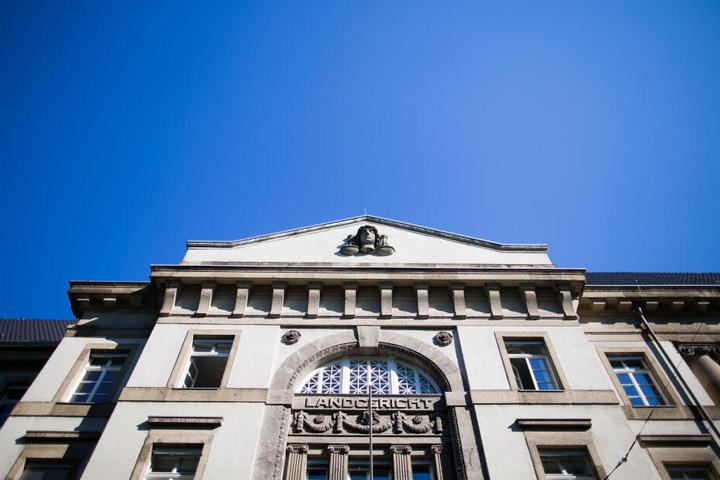 Das Gericht in Krefeld verhandelt den Fall.