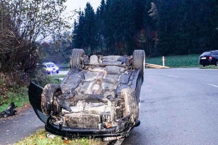 Der Fahrer überstand den Unfall ohne Verletzungen.