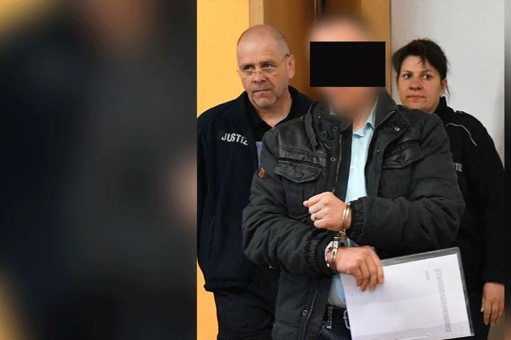 In Handschellen wurde der Angeklagte in den Gerichtssaal gebracht.