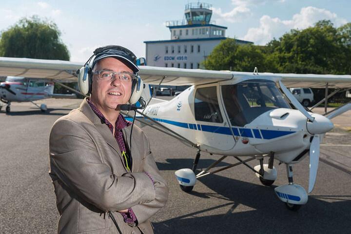 """Ready vor Takeoff! Unternehmer und Pilot Jens-Günther machte sich gestern auf dem (Luft-)Weg zur """"Friedensmission"""" Richtung Russland."""