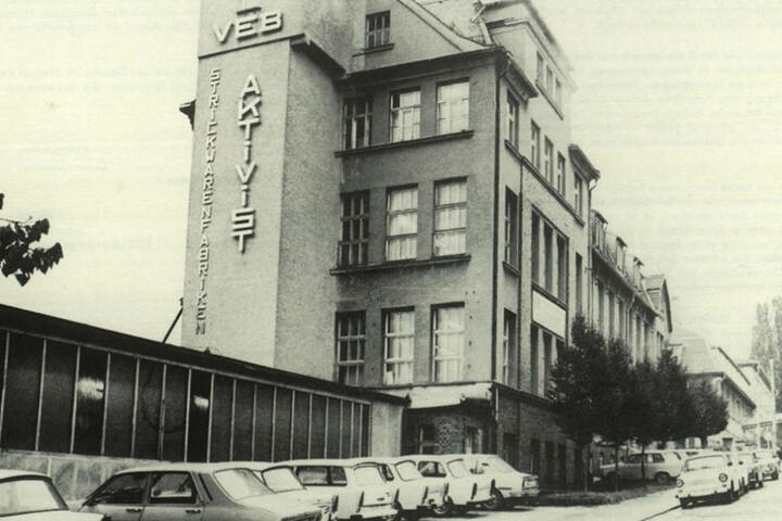 Bild aus besseren Tagen: Die Strickwarenfabrik zu ihrer Glanzzeit.