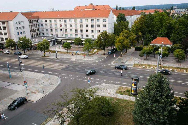 Seit Donnerstag hat die Stadt den Knotenpunkt Borsbergstraße/Tittmannstraße entschärft.