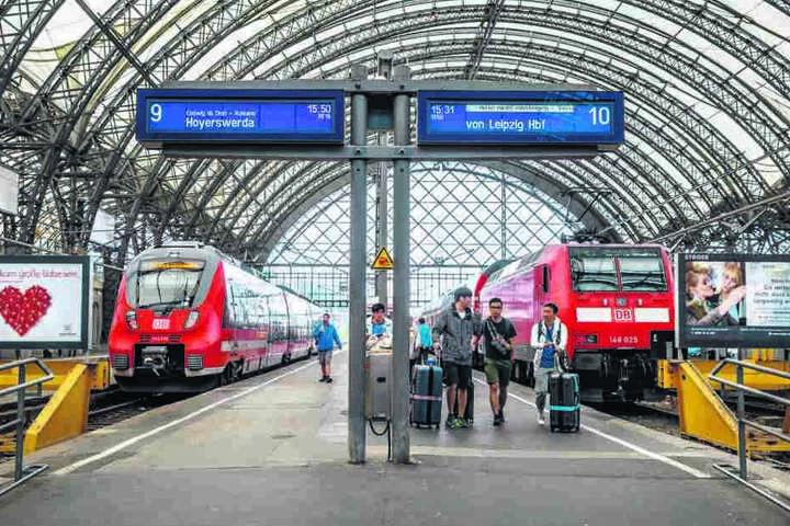 D Am Hauptbahnhof sollen in der Mittelhalle die Bahnsteige erneuert und von  38 auf 55 Zentimeter erhöht werden.
