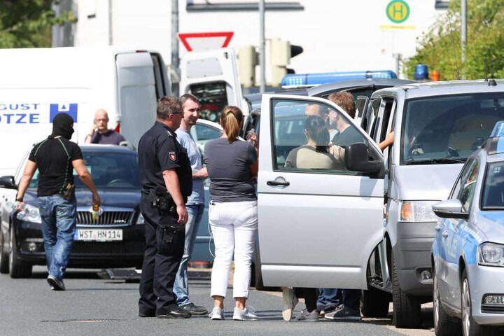 Polizeigroßaufgebot in Oldenburg.