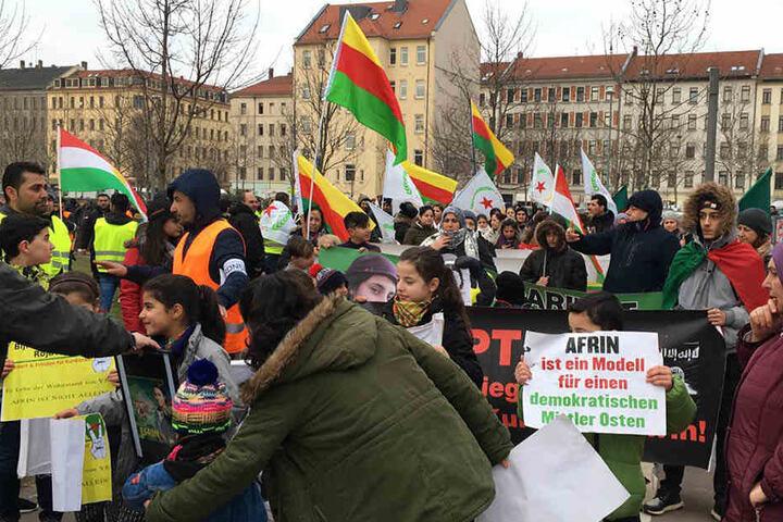 Unter den Demonstrationsteilnehmern waren auch viele Kinder.