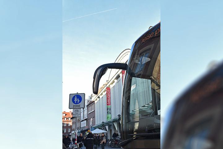 Die Polizei hatte nach dem Anschlag in Berlin am Montag dazu geraten, den Markt mehr zu sichern.