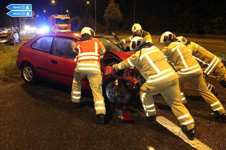 Die Unfallstelle musste mehrere Stunden gesperrt werden.