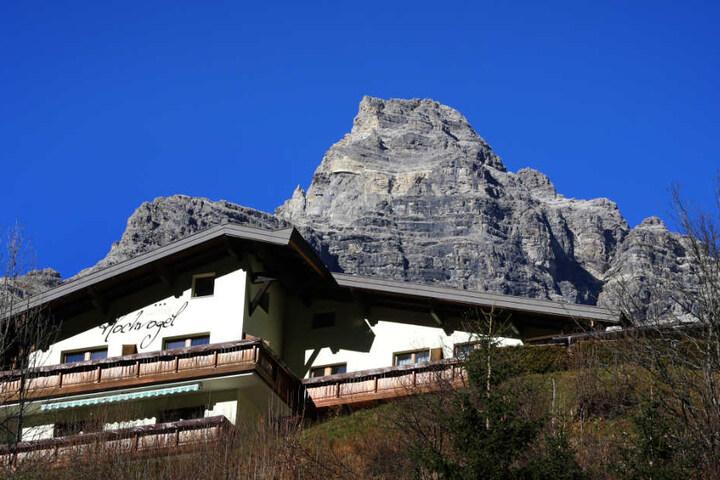 Blick von der österreichischen Ortschaft Hinterhornbach auf den Hochvogel.