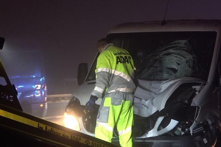 Der 20-Jährige starb noch am Unfallort.