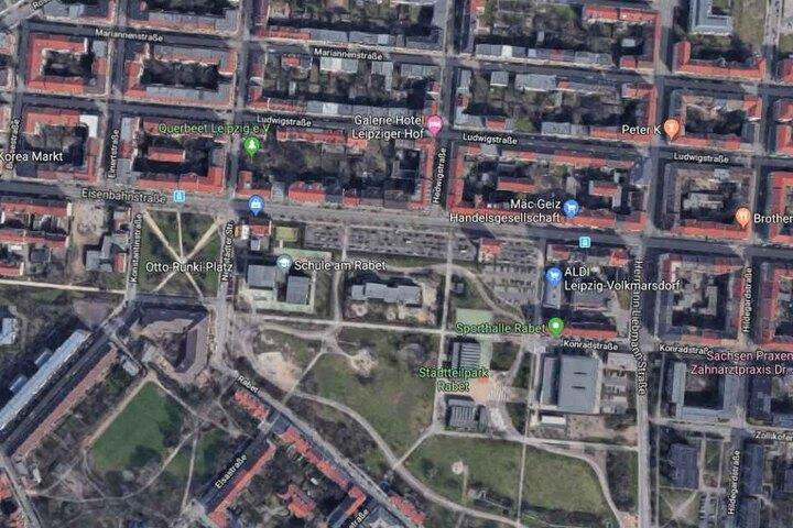 Im Bereich der Straße wurde im November 2018 eine Waffenverbotszone eingerichtet. Die Wirkung der Zone wird seitdem jedoch immer wieder infrage gestellt.
