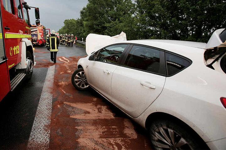 Der Opel konnte nach dem Kontrollverlust zum Stehen kommen.