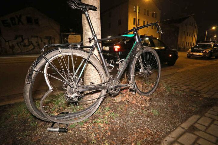 Der Radfahrer hatte Glück und wurde nur leicht verletzt.