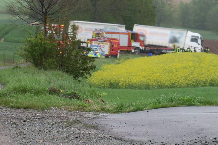 Am Donnerstag ist in der Nähe von Hartenstein an der S255 ein Laster verunglückt.