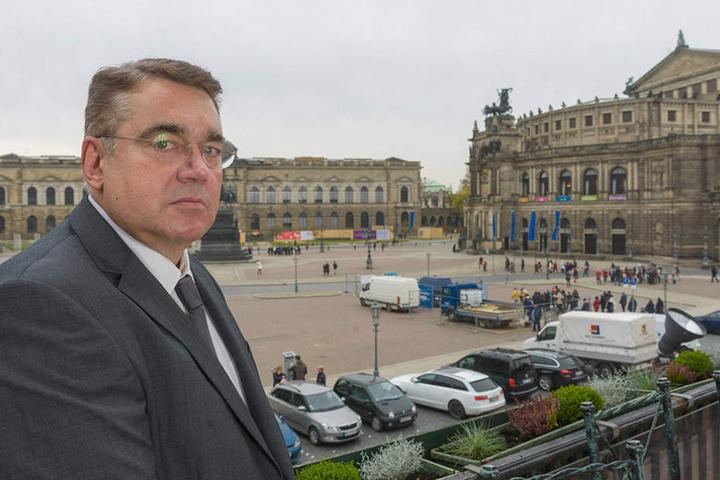 """Uwe Wiese (62), Geschäftsführer des """"Italienischen Dörfchen"""", ist verärgert."""