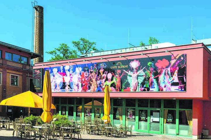 Geschlagert wird bis Silvester im Hotel-Restaurant, links neben Zoras Bar.