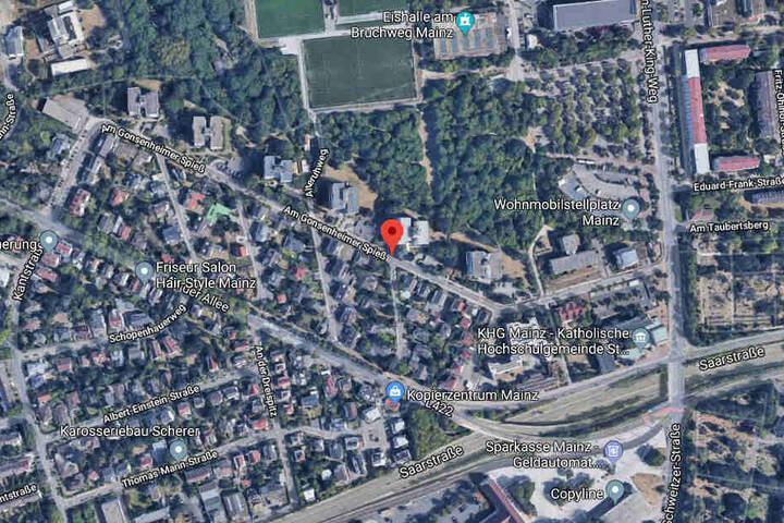 Der Unfall passierte am Mittwochabend gegen 22.20 Uhr Am Gonsenheimer Spieß.