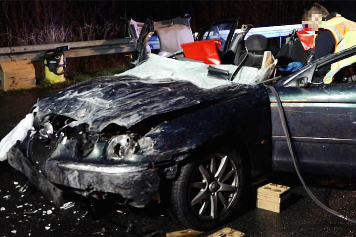 Ein Mann wurde schwer verletzt, eine Frau erlitt leichte Verletzungen.