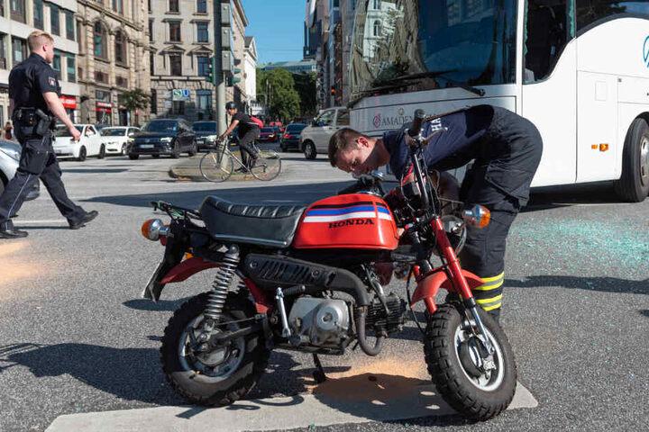 Der Mann war auf einem sogenannten Pocket Bike unterwegs, als es zum Unfall kam.