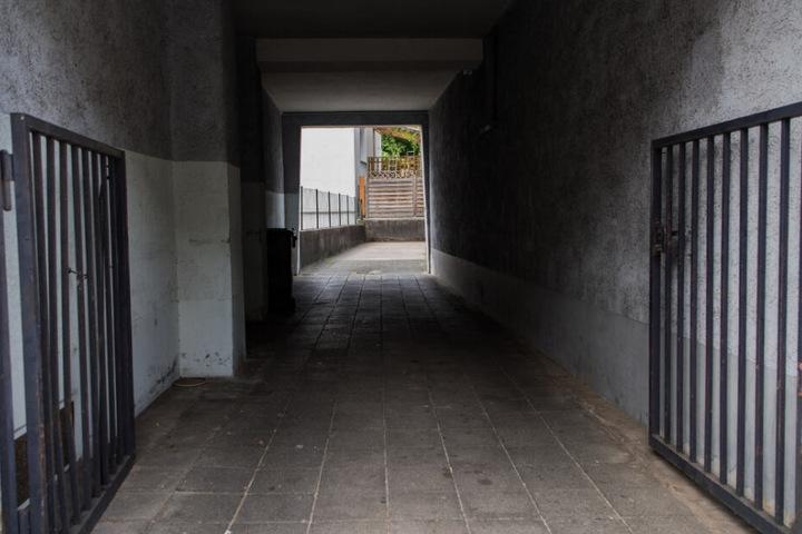 Im Hinterhof eines Stuttgarter Polizeireviers war für den Flüchtenden Endstation. (Symbolbild)