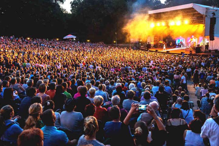 Am 2. September steht der Kino-Schnuckel mit seinem Album auf der Freilichtbühne in der Jungen Garde.
