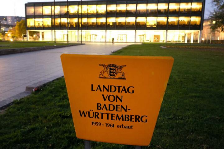 Der Landtag von Baden-Württemberg wurde zunächst geräumt.