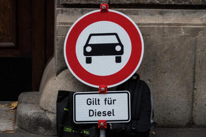 Seit Jahresbeginn gilt in Stuttgart das Fahrverbot für Euro-4-Diesel. (Symbolbild)