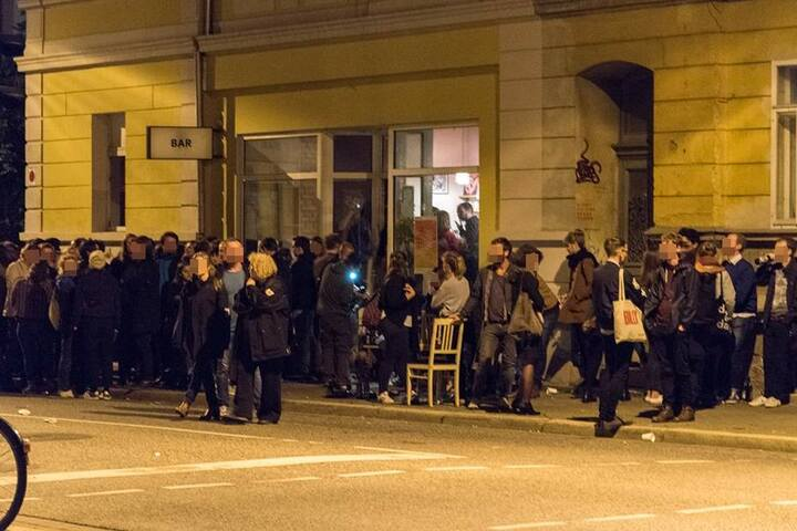 """Die Bar """"Hinterzimmer"""" wollte nur ihren Abschied in der Trierer Straße feiern."""