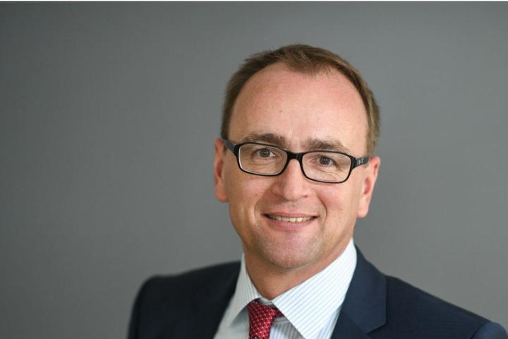Der Oberbürgermeister Markus Ewald von Weingarten wurde bei einem Autounfall schwer verletzt.
