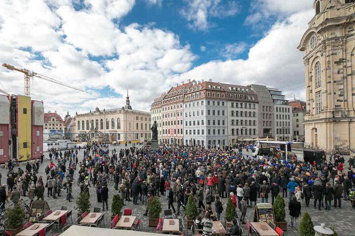 """Die Bewegung """"Pulse of Europe"""" setzt sich für den Zusammenhalt und die Demokratie in Europa ein."""