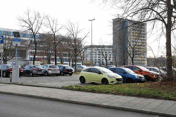 Der arbeitslose Drogensüchtige schlug auch auf dem Parkplatz Waisenstraße zu.
