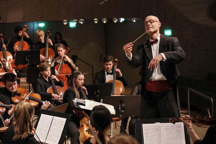 Das Felix Mendelssohn Jugendorchester Hamburg wird den Tenor Paul Potts bei der Hope-Gala begleiten.