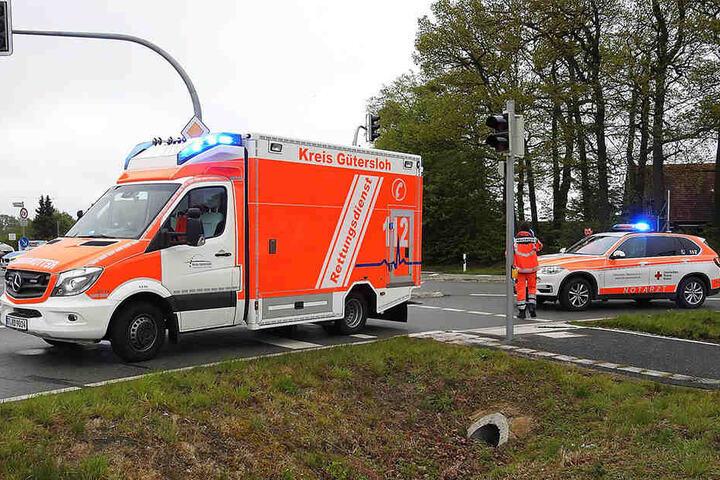 Der 47-jährige Renault-Fahrer musste ins Krankenhaus gebracht werden.