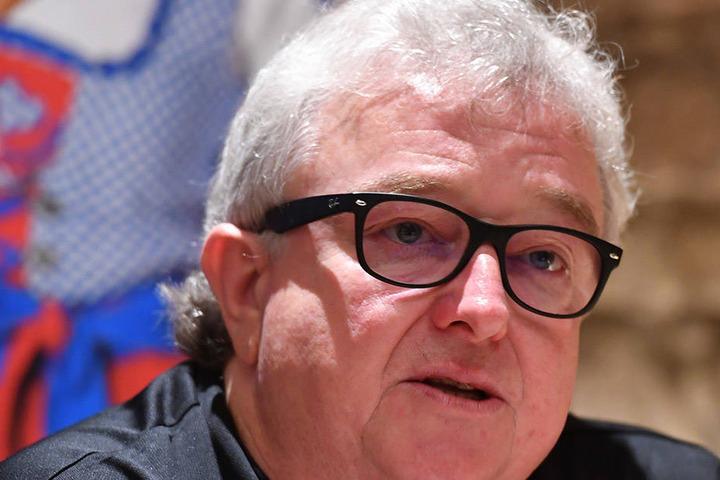 Eislöwen-Geschäftsführer Volker Schnabel bleibt trotz der Roten Laterne noch entspannt.