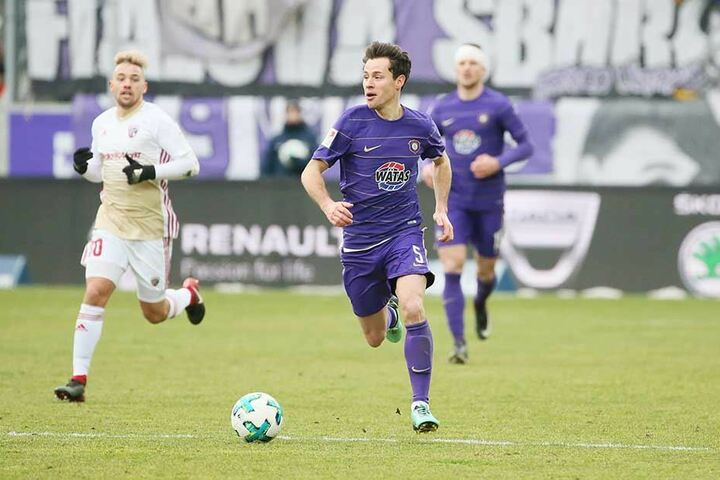 Clemens Fandrich mit Ruhe und Übersicht am Ball.