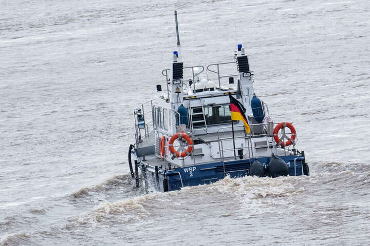 Ein Boot der Wasserschutzpolizei im Einsatz.