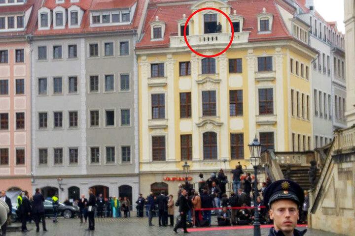 Scharfschützen auf dem Dresdner Neumarkt.