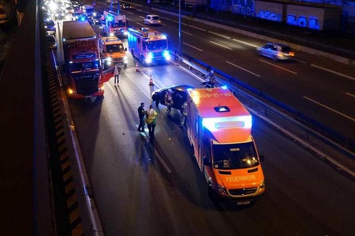 Die Verletzten mussten mit dem Rettungswagen ins Krankenhaus gebracht werden.