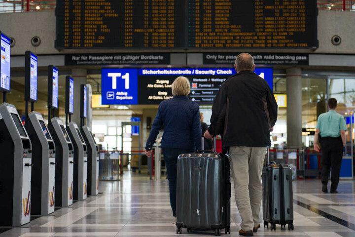 Der Mann war aus Mailand kommend in Stuttgart gelandet. (Symbolbild)
