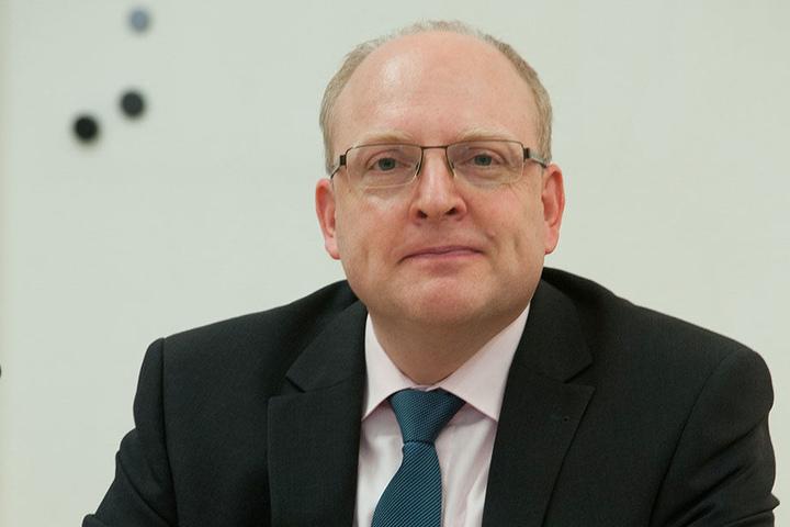 Die Stadt stehe finanziell auf einem stabilen Fundament, sagte Kämmerer Sven Schulze (SPD).