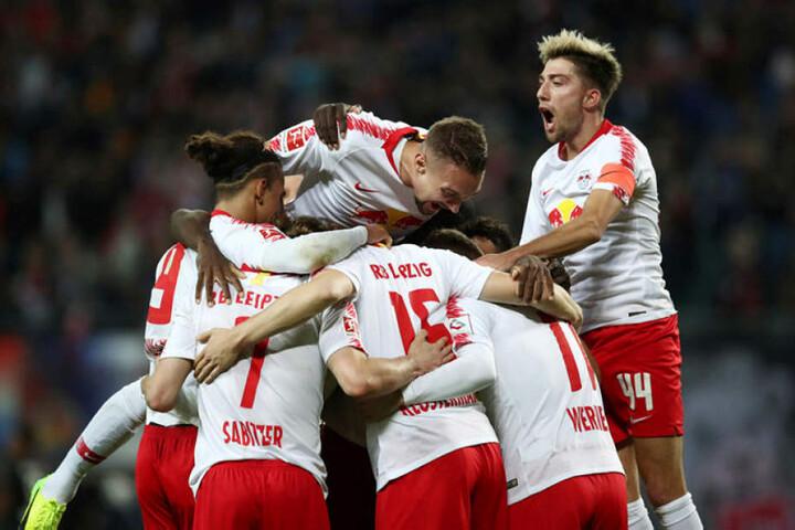 RB Leipzig feierte in der Bundesliga den dritten Sieg in Folge, blieb das sechste Mal nacheinander ohne Gegentor und steht auf Rang drei.